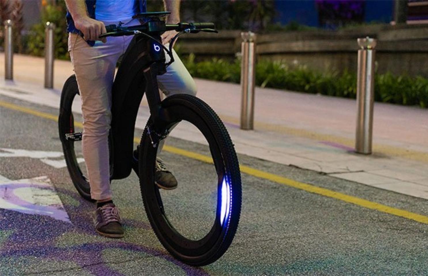 Reevo : The Hubless E-Bike
